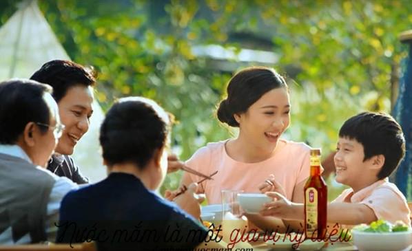 Bữa ăn gia đình thêm phần ngon miệng với nước mắm